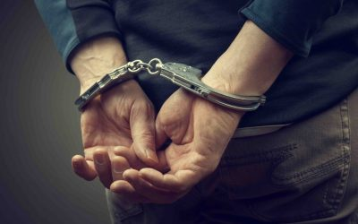 Fast Ways to Help a Friend Who's Been Arrested