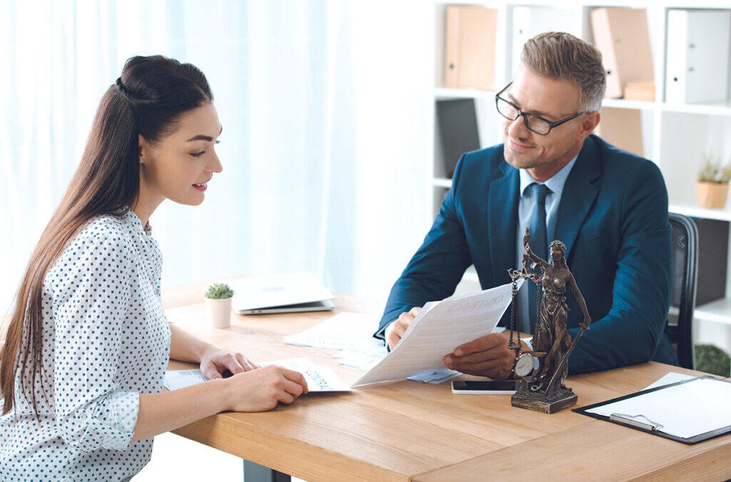 How to Choose the Right Attorney